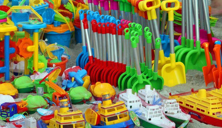 Zabawki z tworzyw sztucznych.